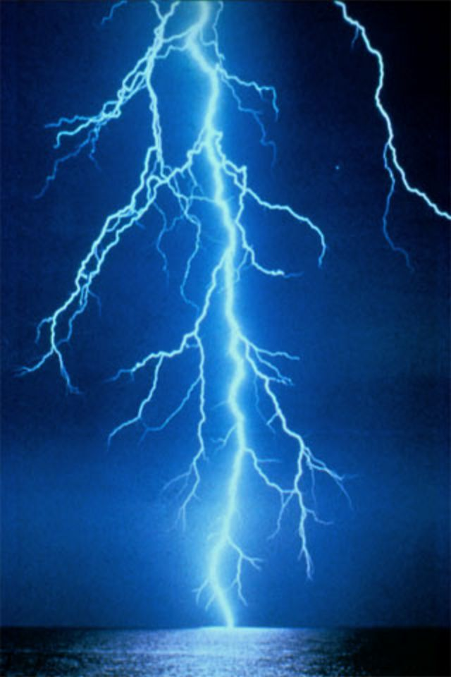 Lightning full hd quality wallpapers 46 widescreen wallpapers photo gallery 38869503 lightning 5507 kb voltagebd Image collections