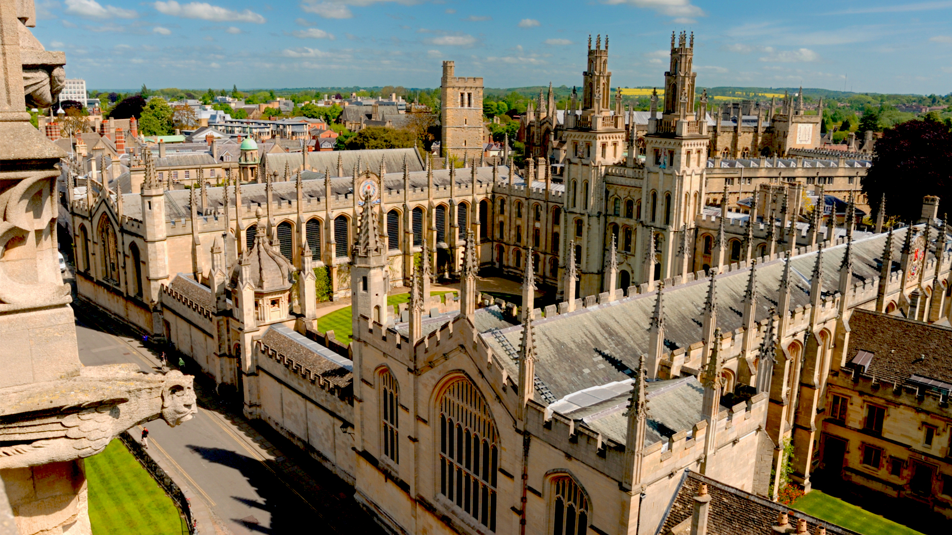 Beautiful Oxford Wallpaper | B.SCB