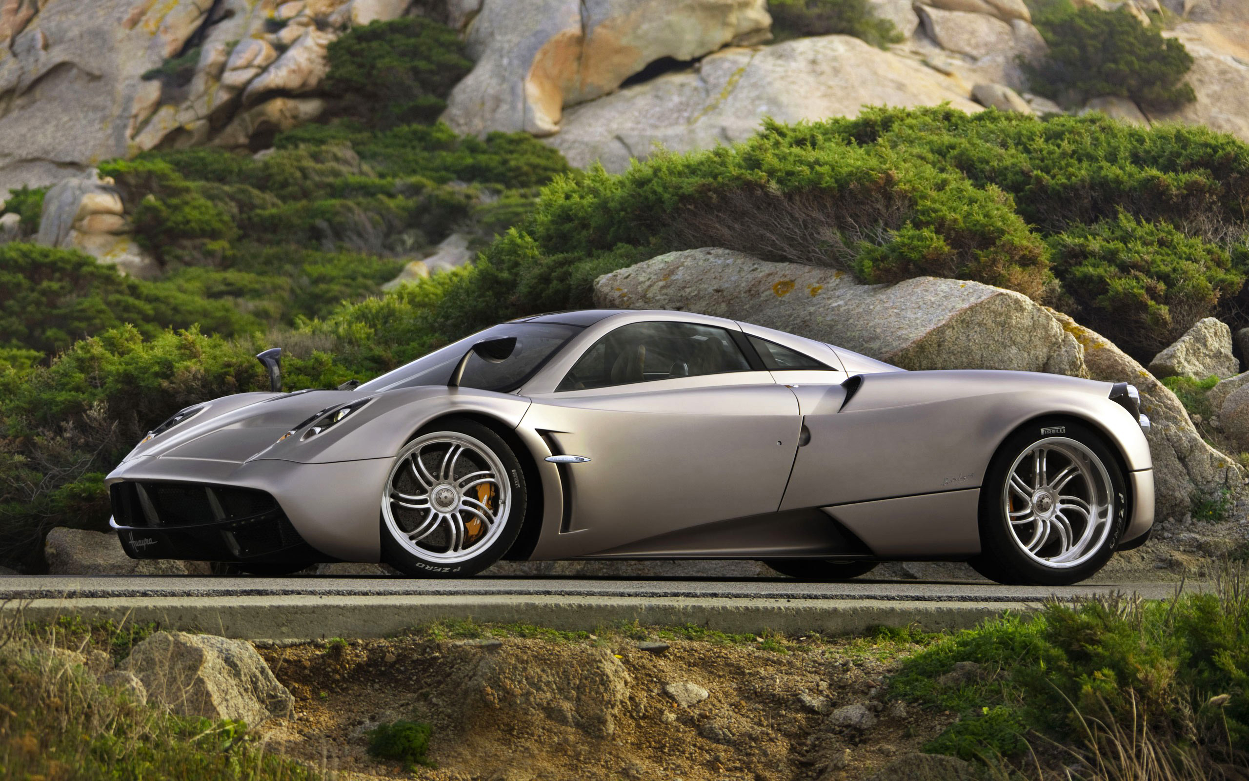Pagani Huayra | 100% Quality HD Wallpapers