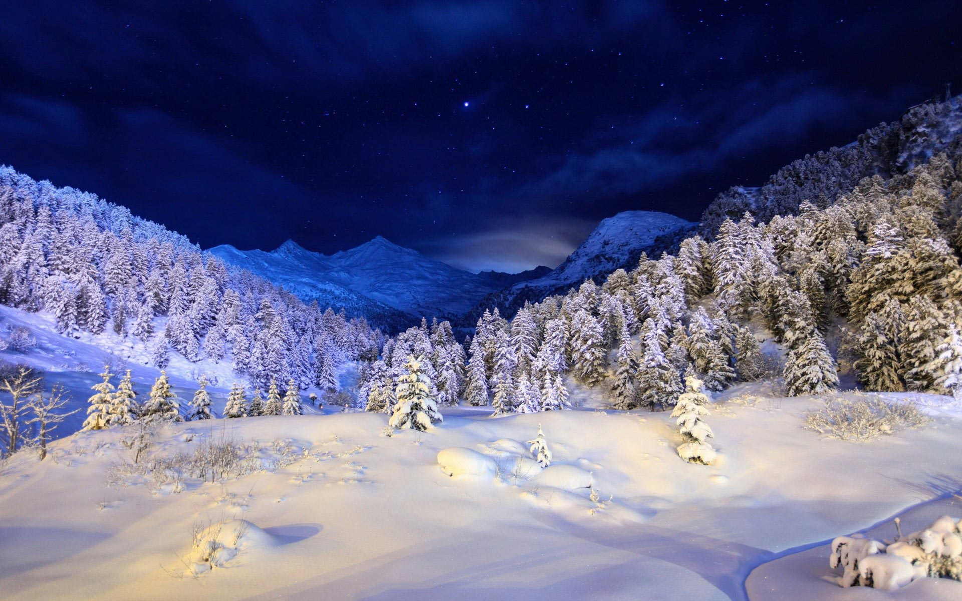 Pictures of Winter Night HD, 1920x1200 px, 05/12/2015