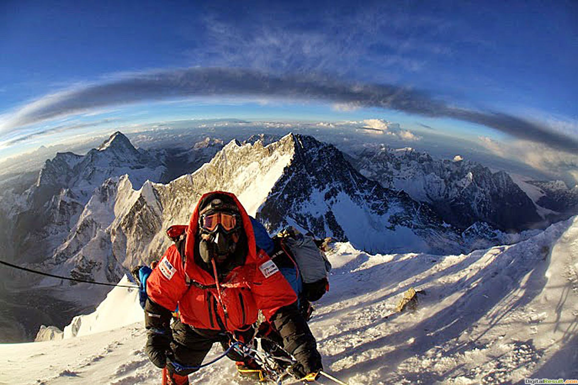 Recommended: Everest Backgrounds November 27, 2013, Andrea Kaul