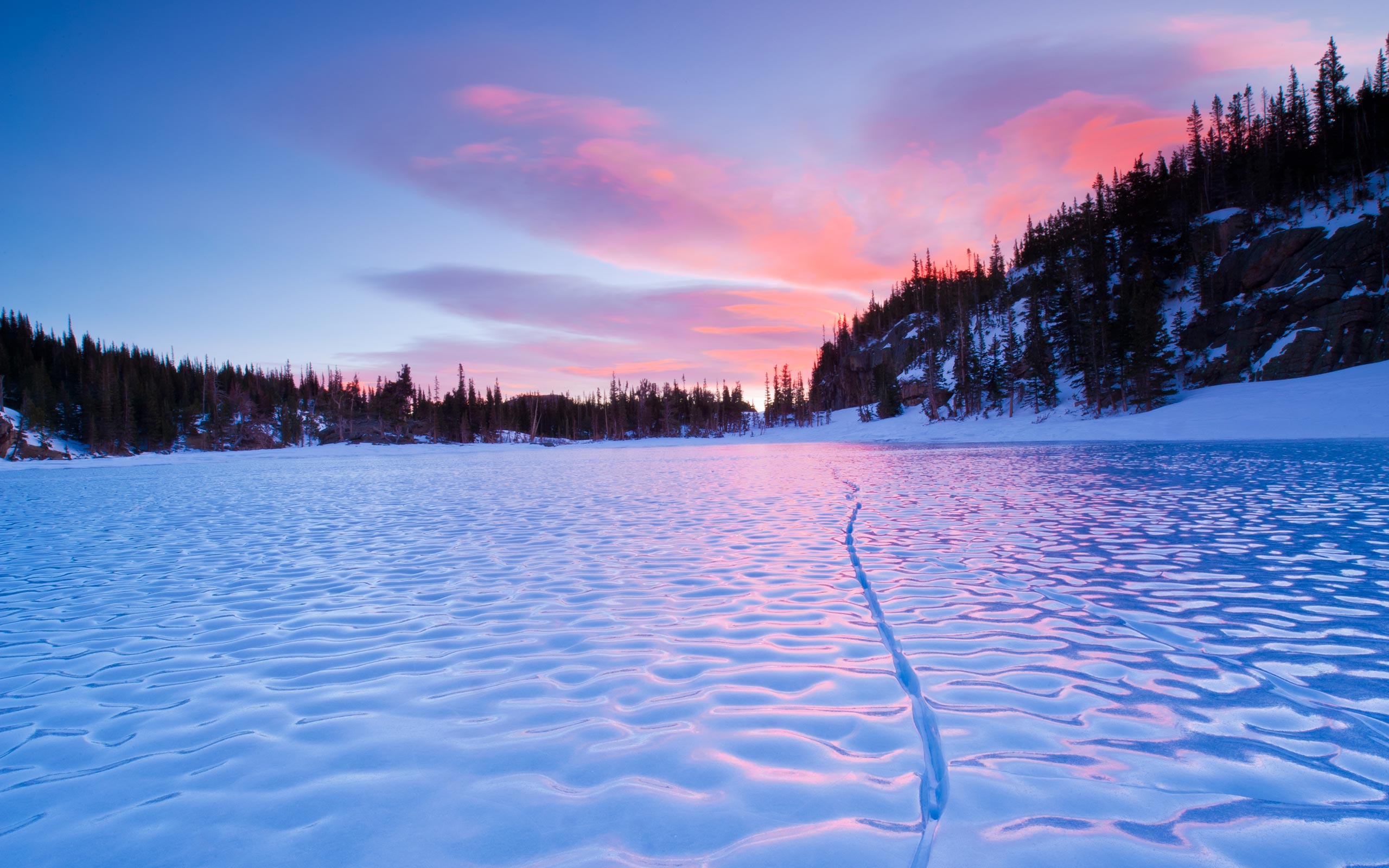 Frozen Lake-Wallpaper-ZTZ12